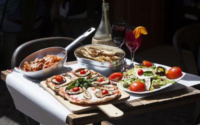 Au restaurant italien